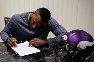 No. 28 off limits for Minnesota Vikings' Latavius Murray