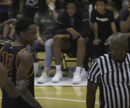 DeMar DeRozan throws ball at referee during Drew League game