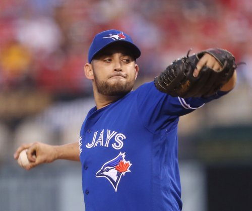 Toronto Blue Jays ride Marco Estrada past New York Yankees