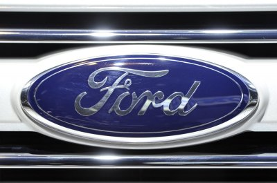 Ford recalls 547,000 Super Duty pickups over carpet fire threat