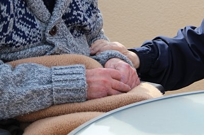 Pandemic increases challenge of caring for people with dementia