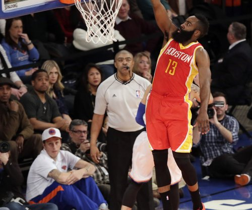 Harden, Houston Rockets down Charlotte Hornets
