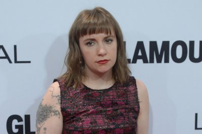 Lena Dunham says she once hooked up with 'Girls' guest actor