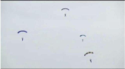 Skydiver collision kills two