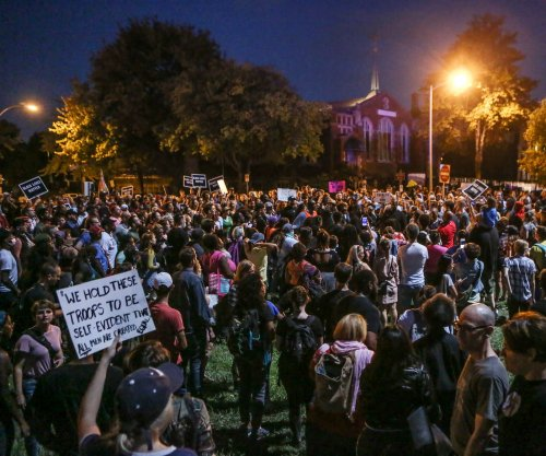 St. Louis mayor's house surrounded, officers injured during protests