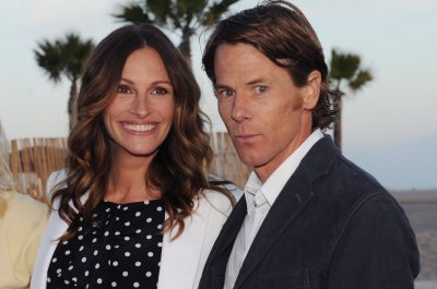 Julia Roberts says marrying Danny Moder was 'seismic shift'