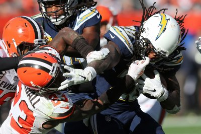 Chargers' Melvin Gordon out 'multiple weeks' with MCL sprain