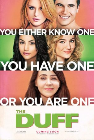 Mae Whitman and Bella Thorne star in trailer for the teen comedy 'The DUFF'