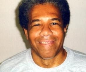 Court extends order blocking release of 'Angola 3' inmate