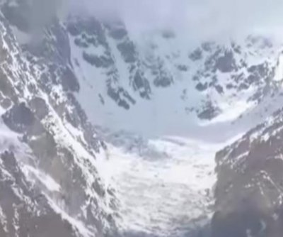 Avalanche on Siachen Glacier kills 6, including Indian troops
