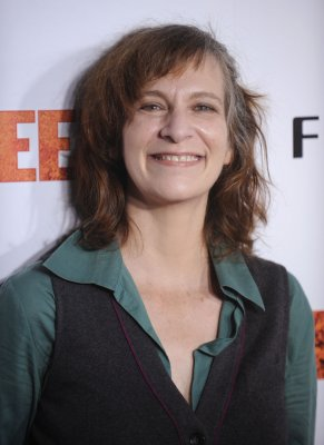 Amanda Plummer to star in off-Broadway production of 'Two-Character Play'