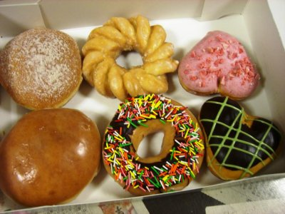 'Bakery bandits' sprinkling pastry pranks throughout Oregon neighborhood