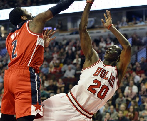 Chicago Bulls, Toronto Raptors battle for playoff positioning