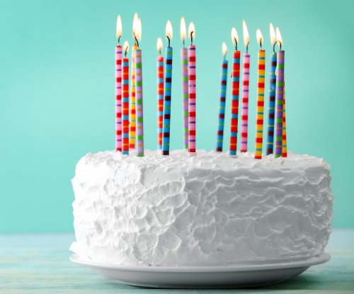 Warner Music to pay back licensing fees for 'Happy Birthday' copyright