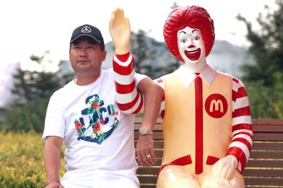 Ronald McDonald to take a break due to creepy clowns around the U.S.