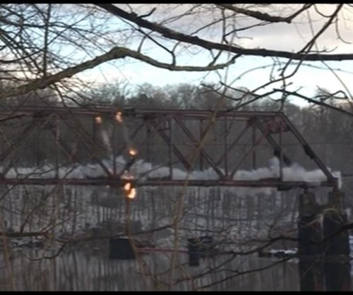 New York governor blows up 85-year-old bridge