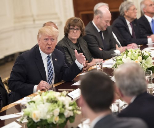 Trump considers air traffic control reform after meeting with airline CEOs