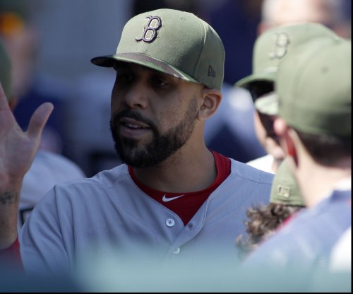 Boston Red Sox lose Dustin Pedroia in loss to Chicago White Sox