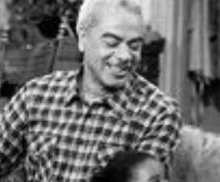 Bill Cosby pays tribute to late TV dad Earle Hyman