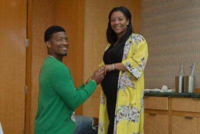 Tampa Bay Buccaneers QB Jameis Winston announces engagement