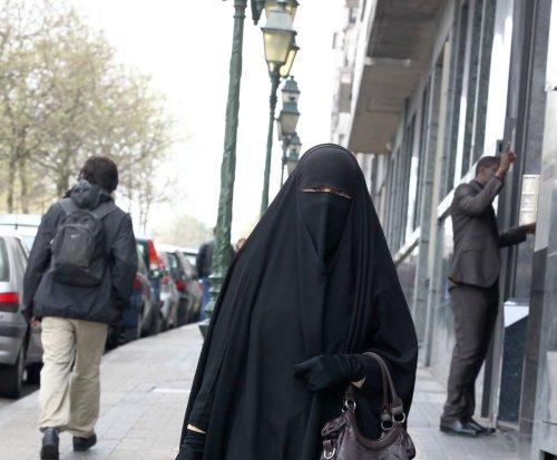 U.N.: French ban on full-body Islamic veils violated human rights