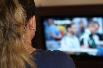 Most people losing sleep to binge-watching television