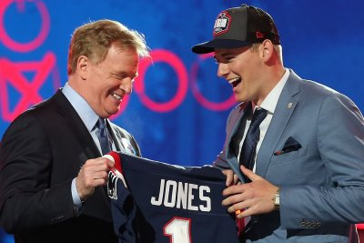 NFL Draft: Alabama ties Miami record for first-round picks