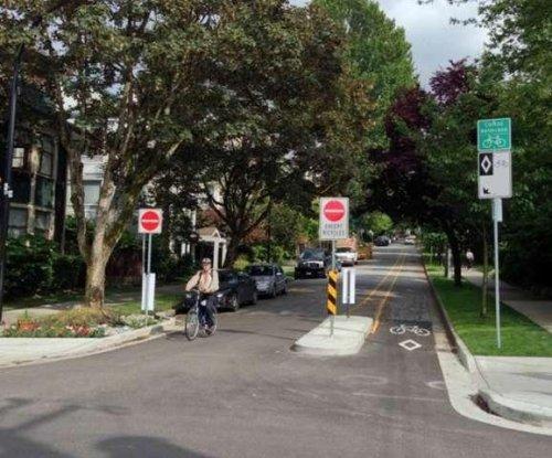 Urban greenways help lower local carbon emissions