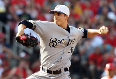 Brewers, Parra sign one-year, $1.2M deal