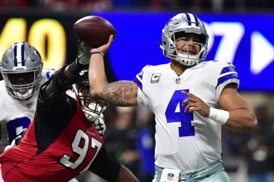 Dallas Cowboys in fight for playoff lives