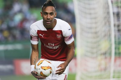 Pierre-Emerick Aubameyang leads Arsenal past Bournemouth