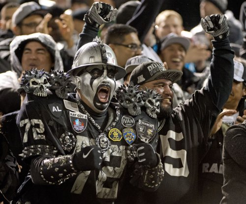 Oakland Raiders vs. Kansas City Chiefs preview: Throw out records as AFC West rivals play