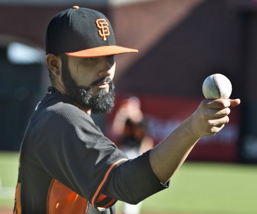 Tampa Bay Rays acquire RHP Sergio Romo from Los Angeles Dodgers
