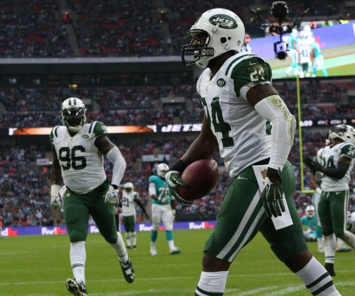Darrelle Revis: Kansas City Chiefs sign free agent CB