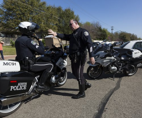 Austin police: 'Clearly' dealing with serial bomber