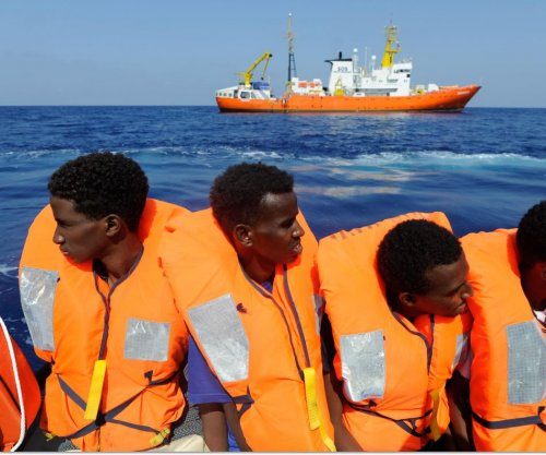Italy strengthens laws on deporting migrants