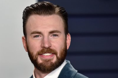 Chris Evans wants to protect his son in 'Defending Jacob' trailer