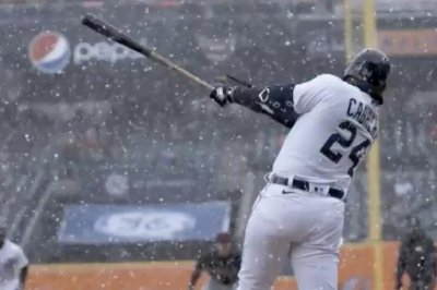 Watch: Tigers' Miguel Cabrera hits first HR of MLB season in snow