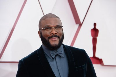 Tyler Perry denounces hate in Oscars acceptance speech