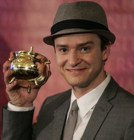 Reps deny Timberlake, John 'Idol' buzz