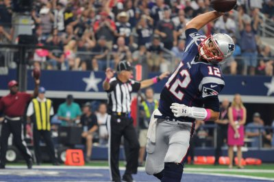 Defense, Tom Brady push New England Patriots past Dallas Cowboys