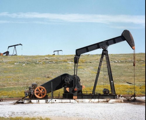 U.S. companies claim largest onshore oil discovery in 30 years