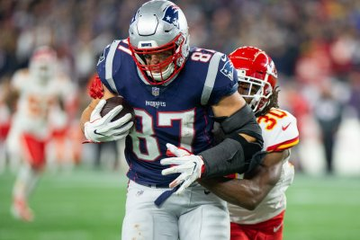 Fantasy Football: Rob Gronkowski expected to miss Titans game