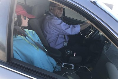 Arizona police bust HOV lane driver with dummy passenger