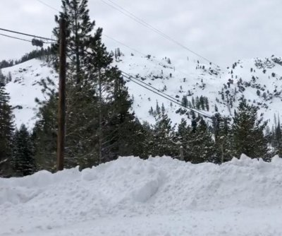 California ski resort avalanche kills 1