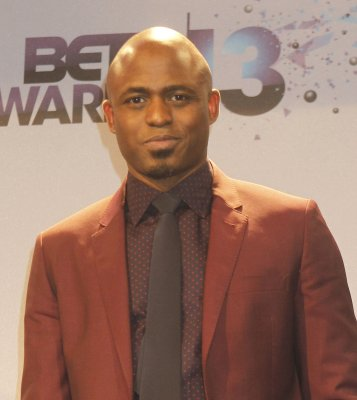 Wayne Brady dating Chilli from TLC