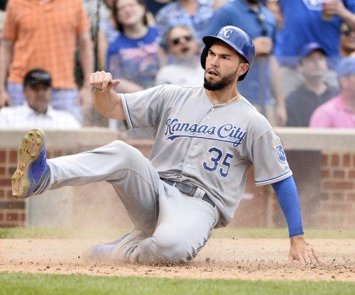 Kansas City Royals outlast Chicago Cubs