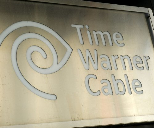 FCC chief approves Charter's $65B acquisition of Time Warner Cable, Bright House