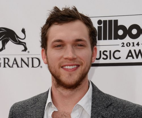 'American Idol' sues alum Phillip Phillips over unpaid fees