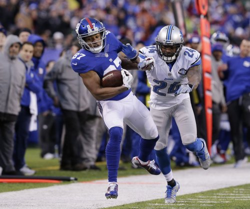 New York Giants WR Sterling Shepard carted off field with ankle injury